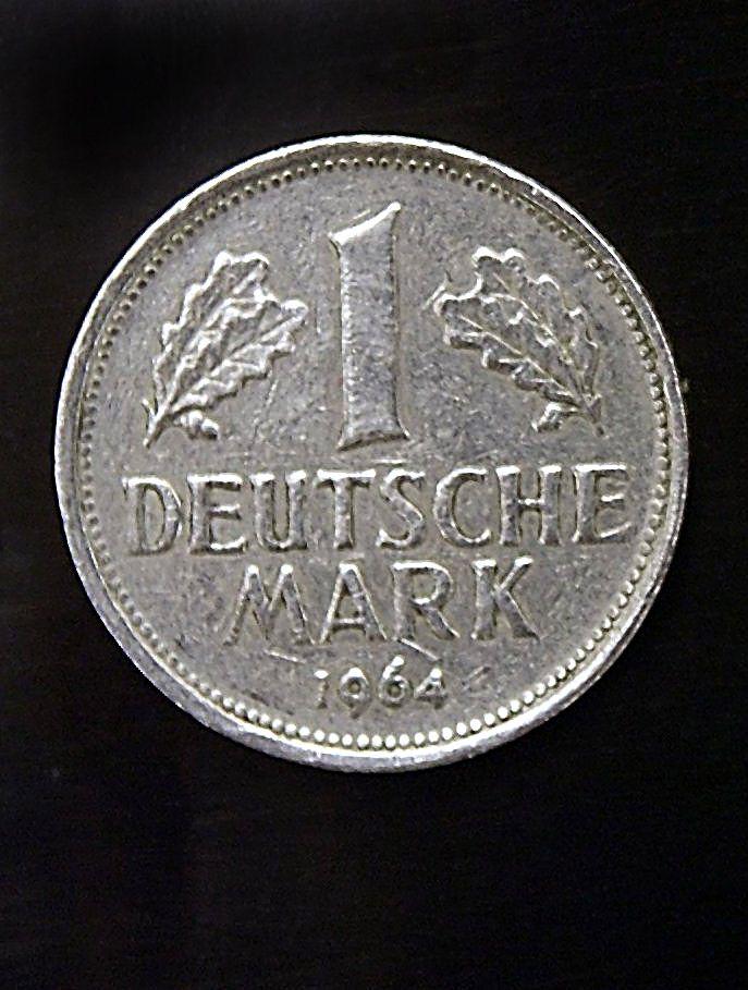 Mehrheit der Deutschen sehnt sich nach D-Mark zurück
