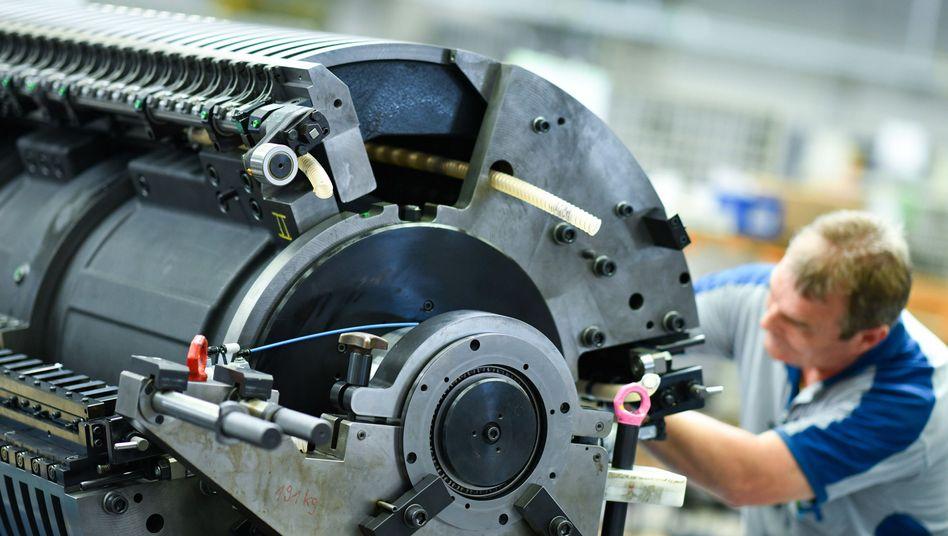 Mitarbeiter bei der Heidelberger Druckmaschinen AG