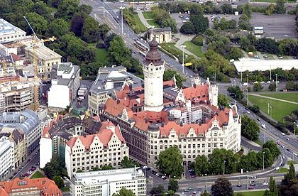 Leipziger Rathaus: Damenbesuch in den Diensträumen