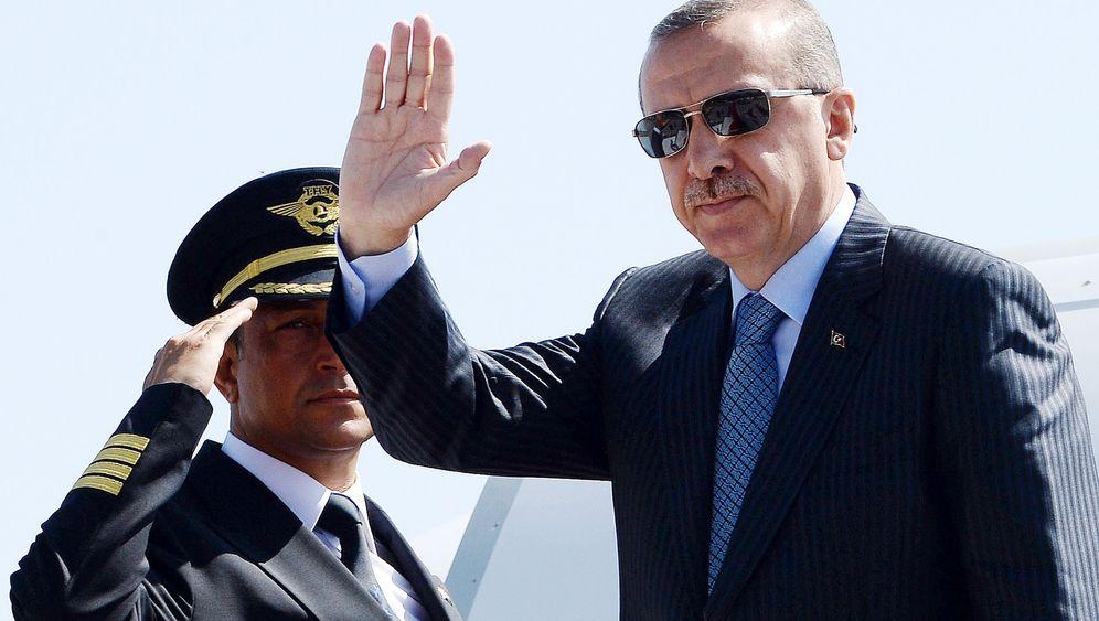 Photo Gallery: Erdogan Alienating Foreign Investors