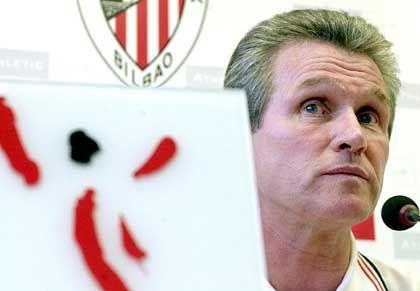 Bei Athletic Bilbao war Heynckes zweimal als Cheftrainer tätig. Von 1992 bis 1994 coachte der zweitbeste Bundesliga-Torschütze aller Zeiten die Basken, ehe er 1994 nach Deutschland zurückkehrte und Eintracht Frankfurt betreute. 2001 übernahm Heynckes, der bei den Hessen nach einem Streit mit den Spielern aufgegeben hatte, erneut das Kommando in Bilbao.
