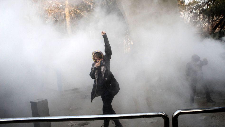 Demonstrantin an der Universität