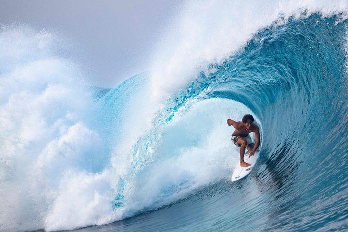 Wellenreiten in Tahiti