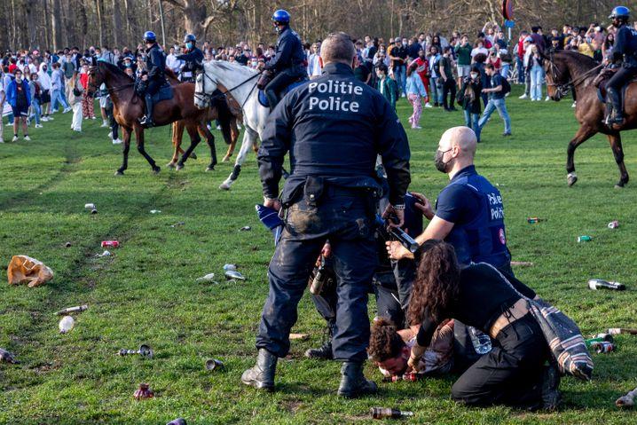 Bei der ersten Party im Park Bois de La Cambre Anfang April schritt die Polizei ein