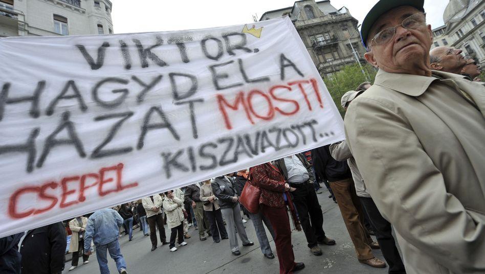 Proteste in Budapest: Rücktritt von Orban gefordert