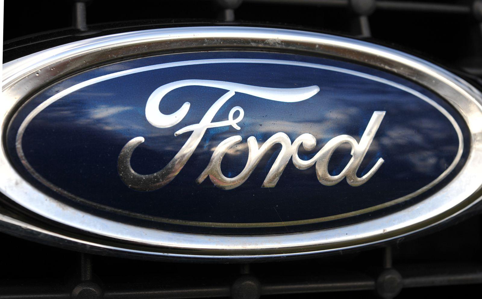 Ford /Logo