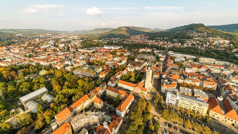 Boomstadt Jena: Schwerpunktsetzung in der optischen Industrie, in der die Region traditionell schon stark war