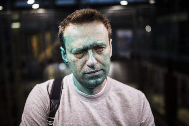 Alexej Nawalny nach dem Farbangriff