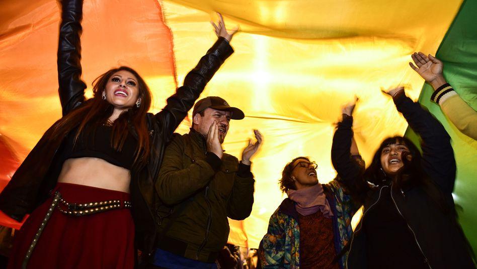 Jubel in Quito: Menschen feiern die Entscheidung des Gerichts