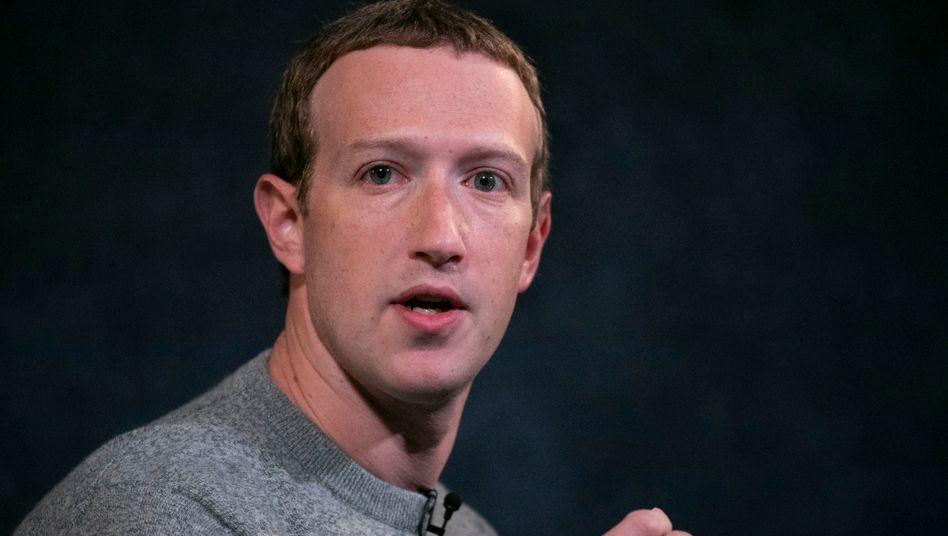 """Facebook-Gründer Mark Zuckerberg: """"Nicht der Schiedsrichter der Wahrheit sein"""""""