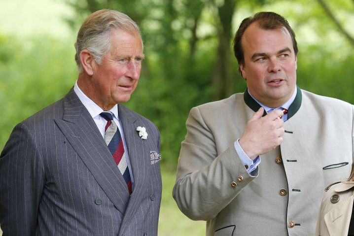 Prinz Charles und Phillipp Fürst zu Hohenlohe-Langenburg (r.)