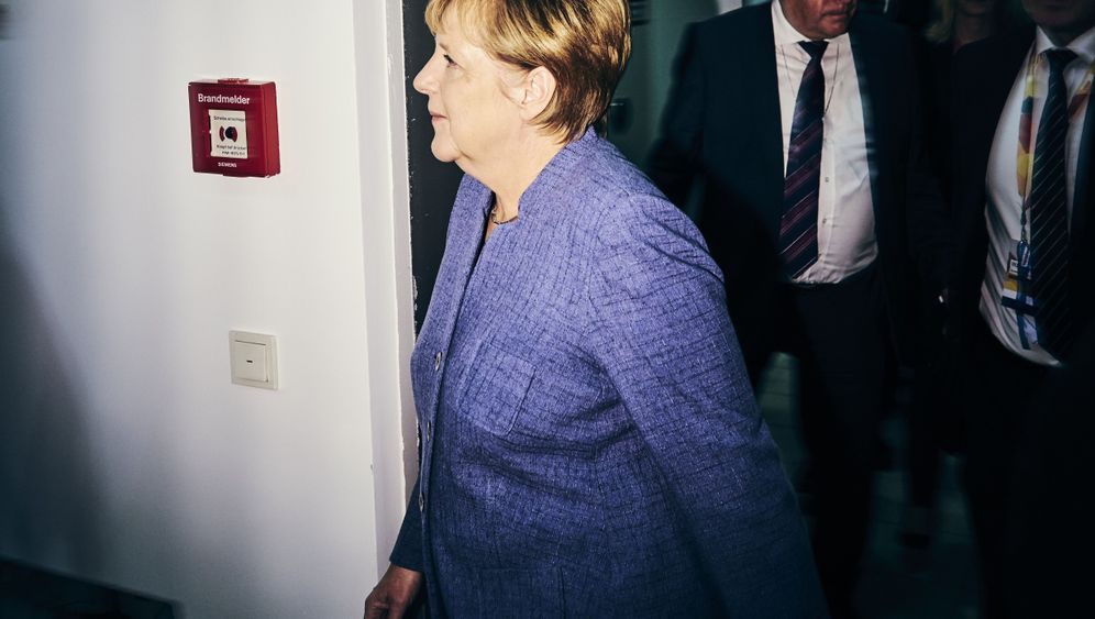 Photo Gallery: Election Night in Germany