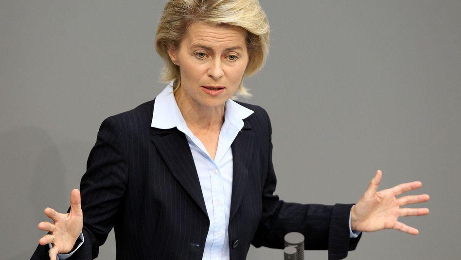 Ministerin von der Leyen: Die CDU-Frau unterstützt den Mindestlohn