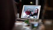 Imam im Stream und virtuelles Iftar: Wie junge Muslime während Corona Ramadan feiern