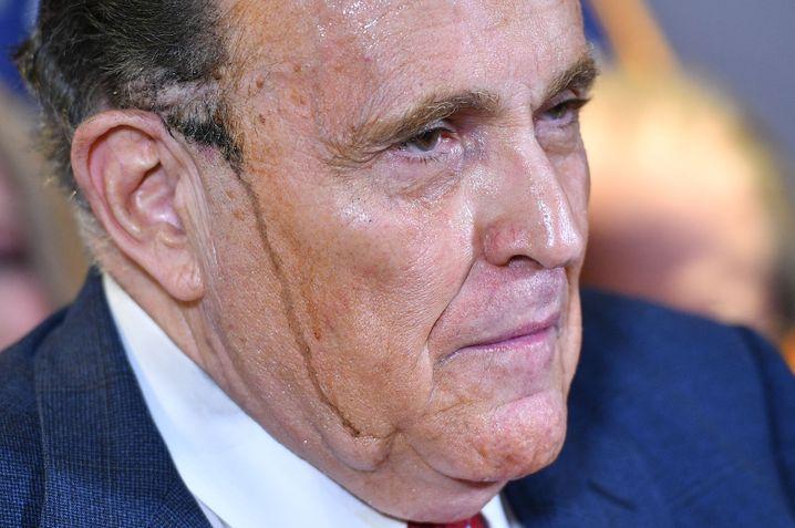 Rudy Giuliani bei seiner Pressekonferenz zu den angeblichen Wahlfälschungen