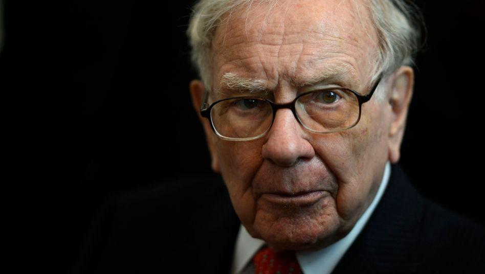 Warren Buffett: Greg Abel follows stock market legend at Berkshire Hathaway  - The Limited Times