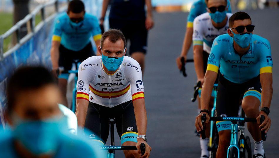 Luis León Sánchez: Vor und nach den Rennen ist die Maske Pflicht