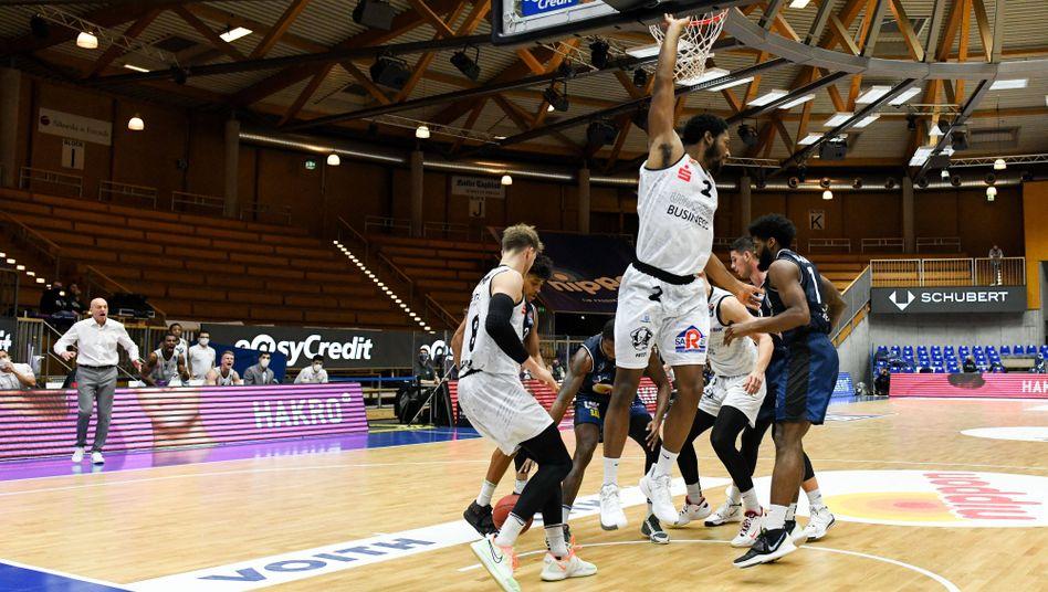 Geisterspiel der Basketball-Bundesliga: Auf zahlende Zuschauer angewiesen