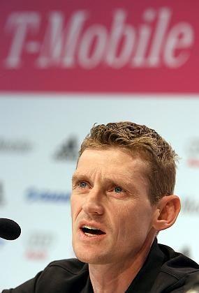 Sportdirektor Aldag: Pressekonferenz in Bonn