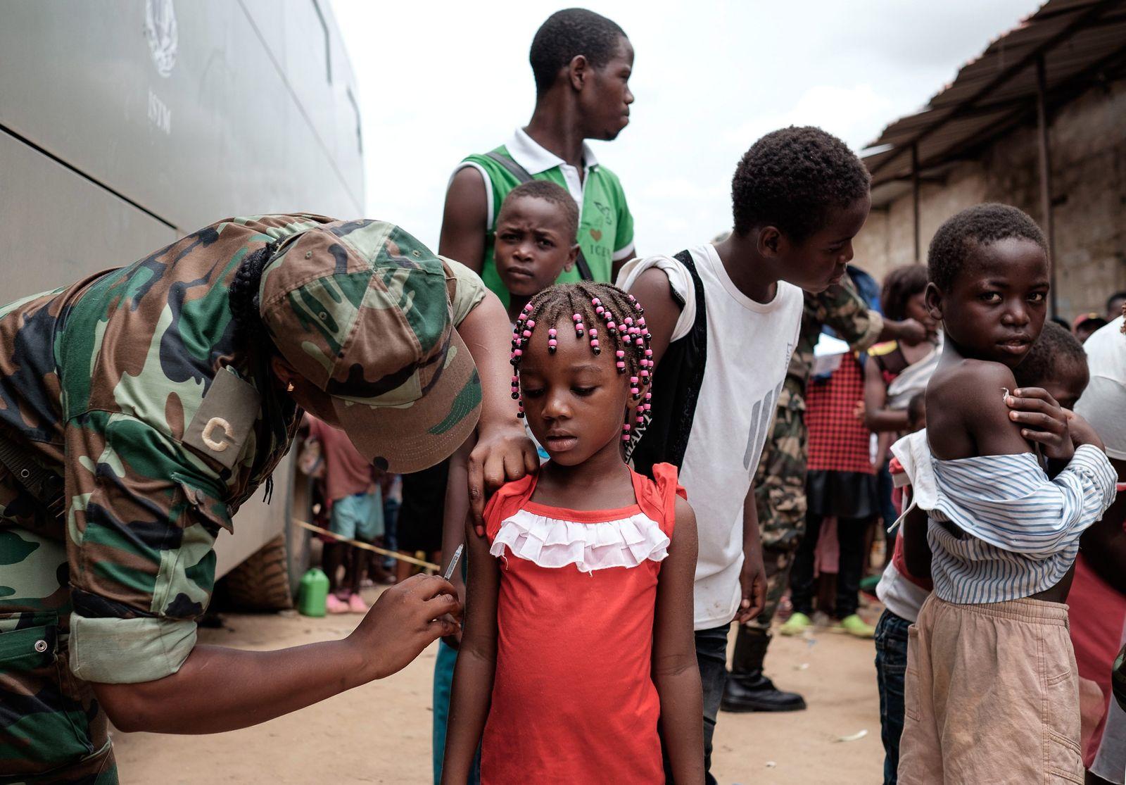 Impfungen/ Gelbfieber/ Angola