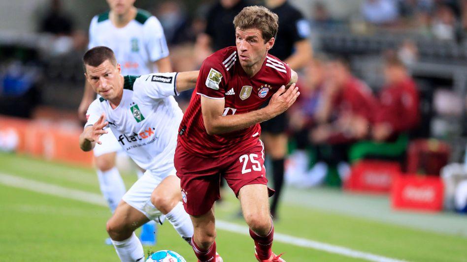 Bayerns Thomas Müller gegen Gladbach in Aktion