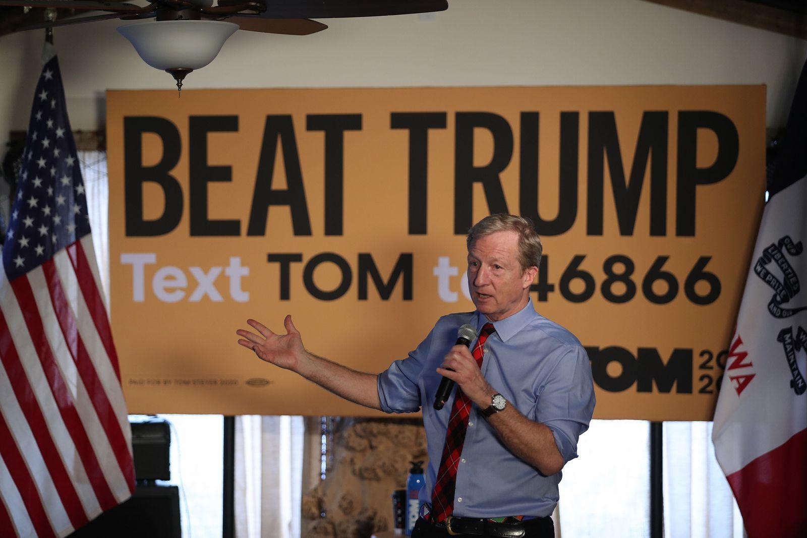 Democratic Presidential Candidate Tom Steyer Campaigns In Clinton, Iowa