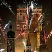 Silvester in München: Raketen und Sekt bestimmen in Deutschland das Neujahrsfest