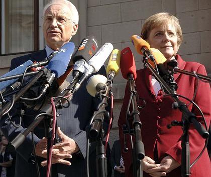 """Stoiber, Merkel: """"Perspektive für morgen oder übermorgen"""""""
