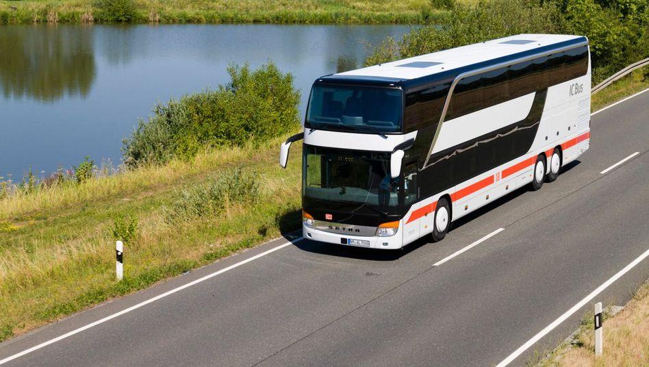 IC Bus der Deutschen Bahn: Das Unternehmen will sein Fernbusnetz offenbar stark ausbauen