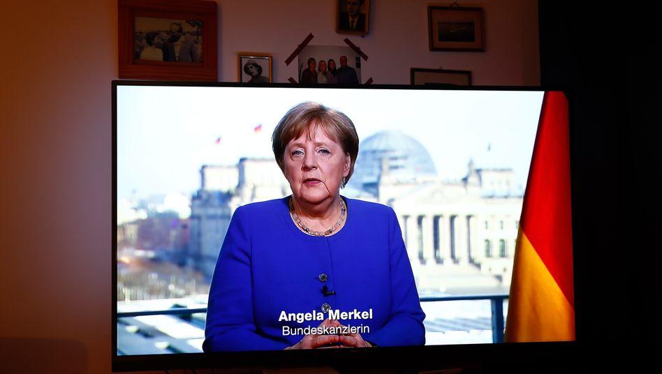 Merkel bei ihrer Ansprache an die Nation