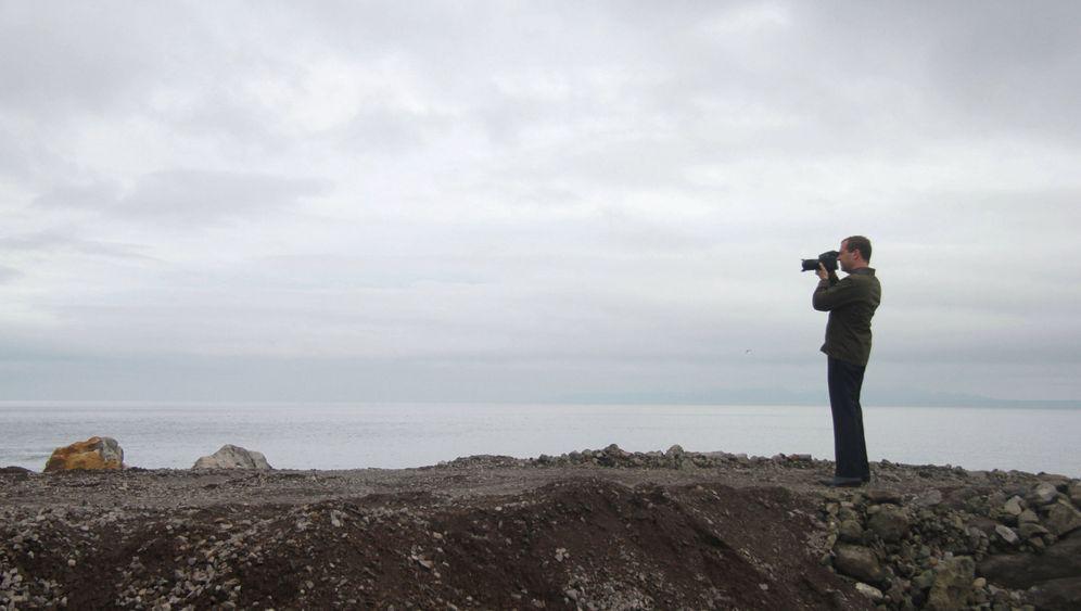 Territorialstreit: Medwedew in Iturup