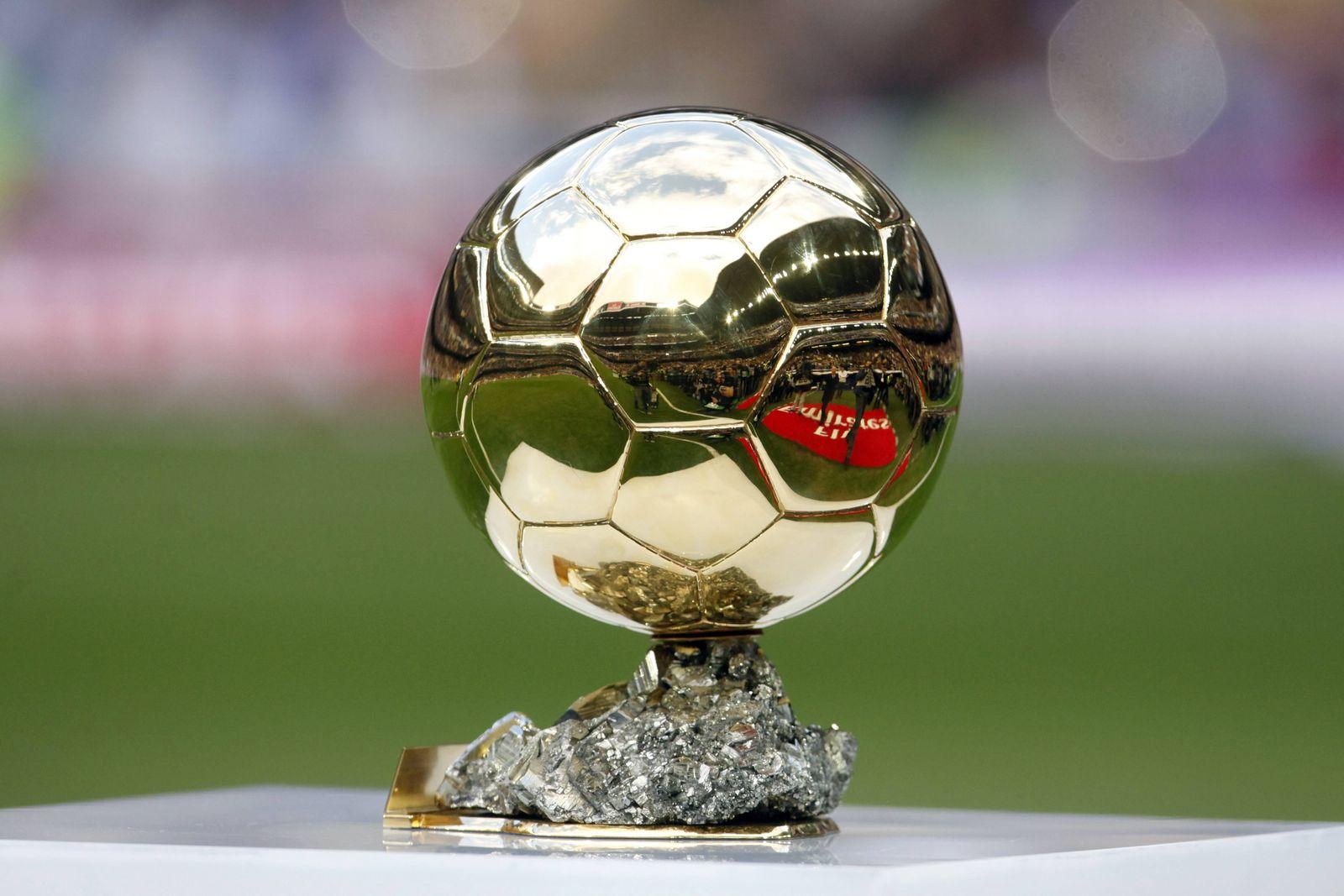 EINMALIGE VERWENDUNG FIFA/ Fussball/ golden/ Ballon d'or