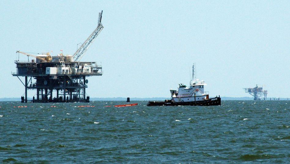 Maßnahmen zur Ölabwehr: Neuer Anlauf binnen 72 Stunden geplant