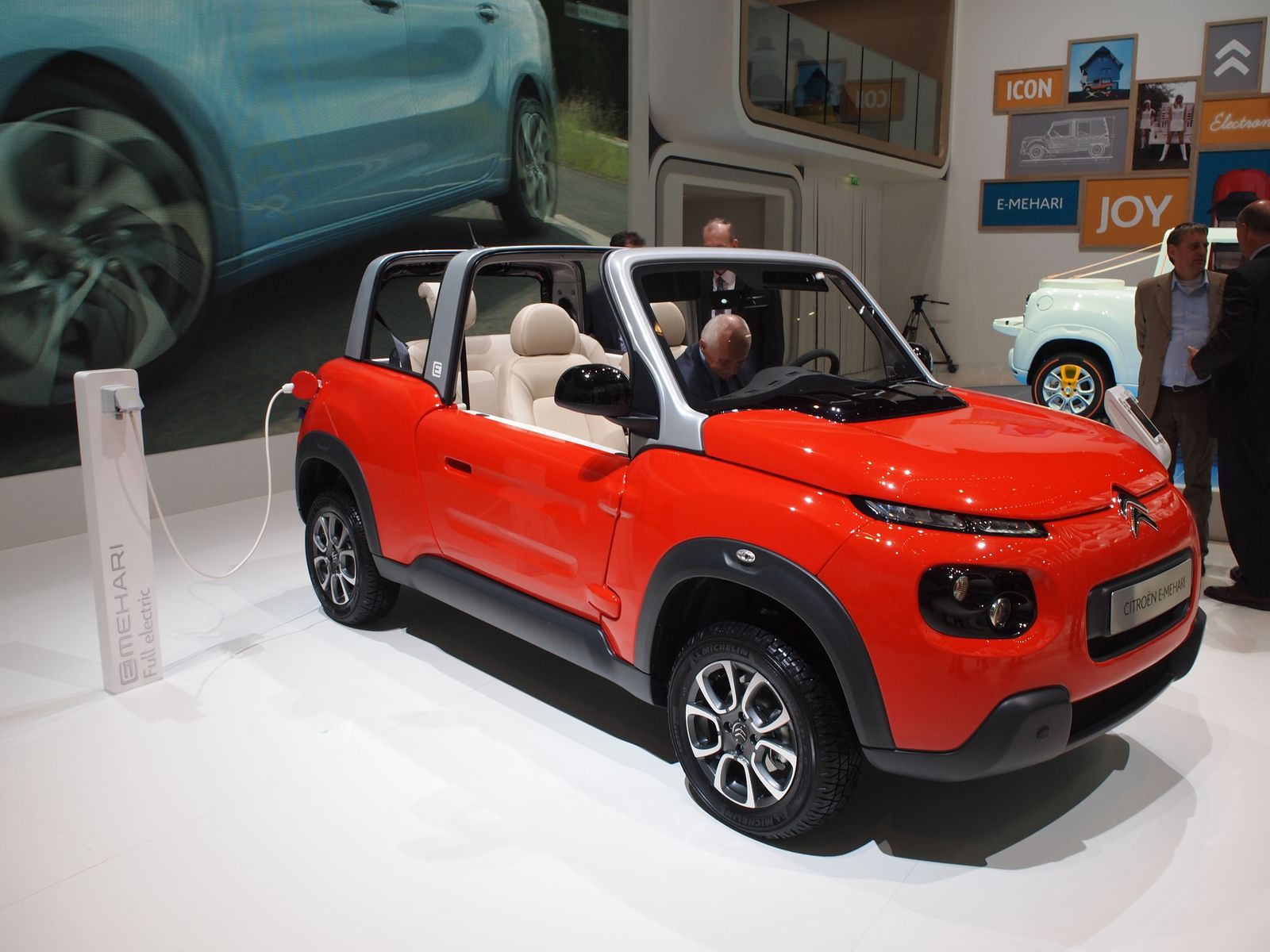 EINMALIGE VERWENDUNG Genf 2016 / Elektroautos / Citroen E-Mehari