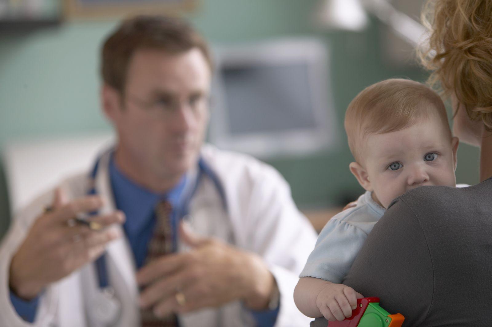 NICHT MEHR VERWENDEN! - Arzt / Untersuchung / Baby