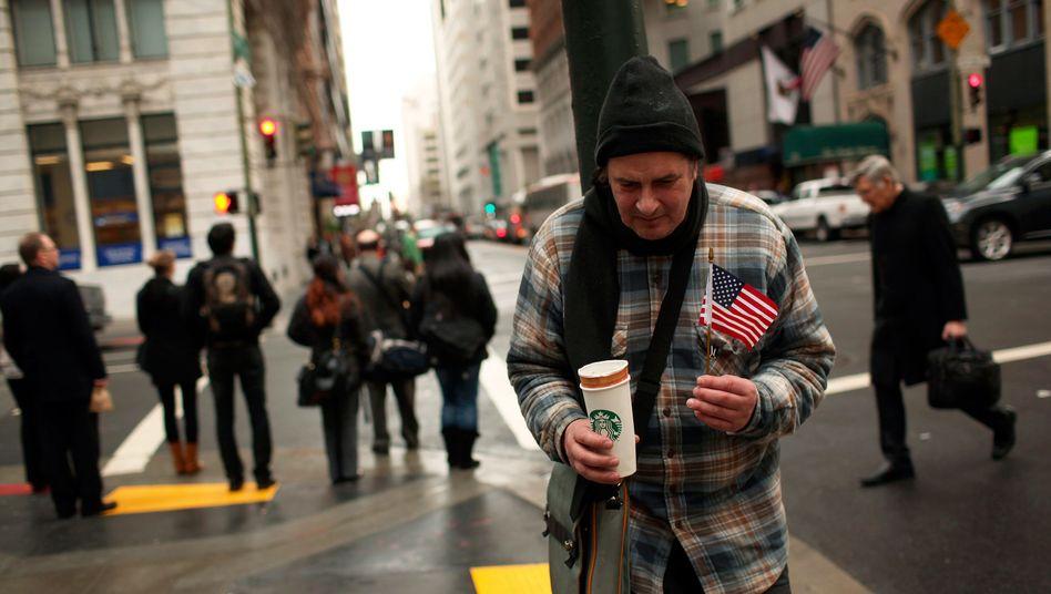 Ein obdachloser Mann in San Francisco