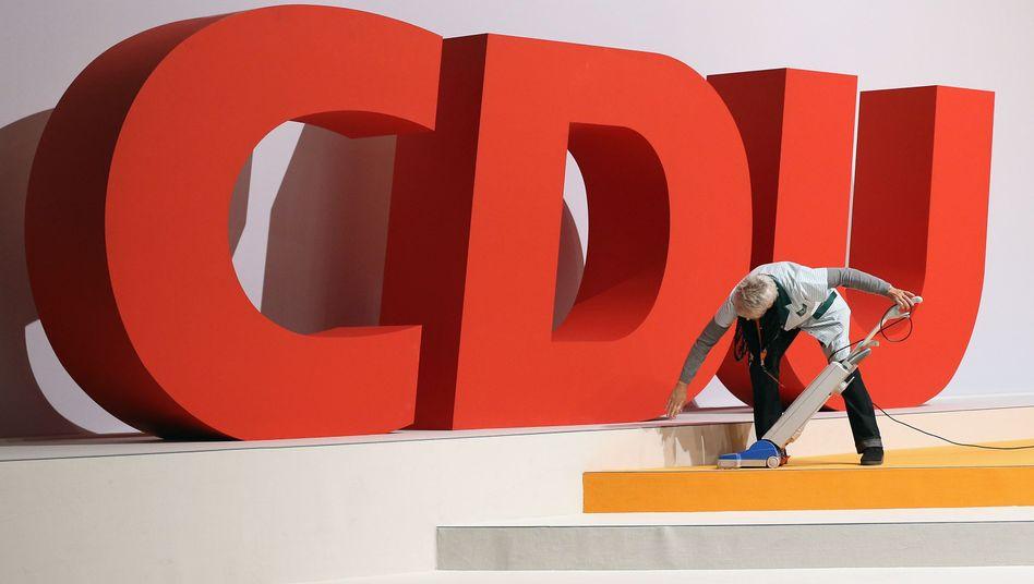 Der Staub muss weg - Saubermachen bei der CDU