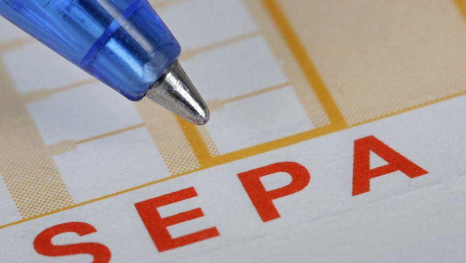 Überweisungsträger: Erst rund ein Drittel im Sepa-Format
