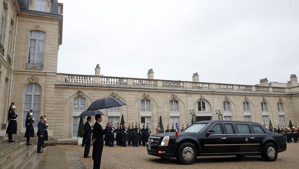 Trump und Macron in Paris: Als wäre nichts gewesen