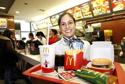 """McDonald's Mitarbeiterin: """"Eine Beleidigung gegen über all den hart arbeitenden Menschen"""""""