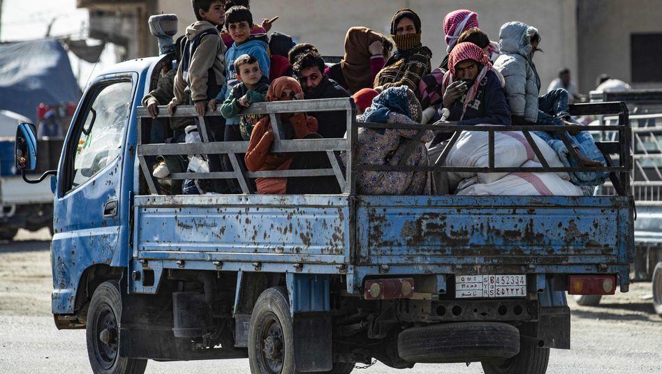 Exodus in Nordsyrien: Mehr als 150.00 Menschen sind auf der Flucht
