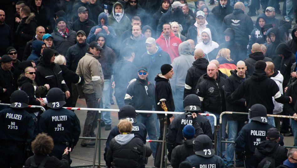 """Anti-Islam-Demo in Hannover (November 2014): """"Besorgniserregendes Erstarken fremdenfeindlicher Aktivitäten"""""""