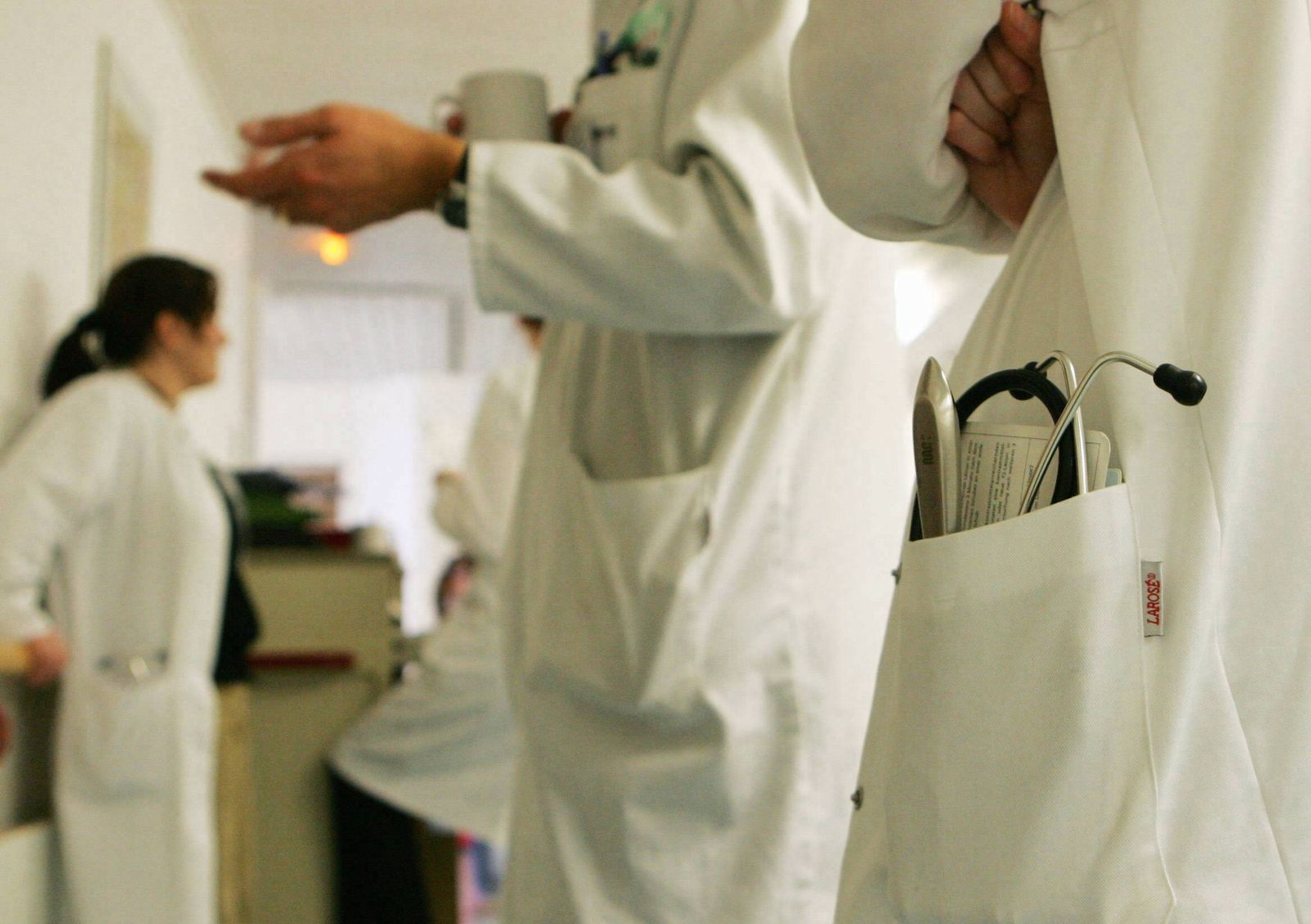 NICHT VERWENDEN Krankenhaus/Arzt