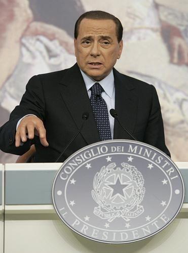Ministerpräsident Berlusconi: Die Bevölkerung soll Bürgerwehren aufstellen