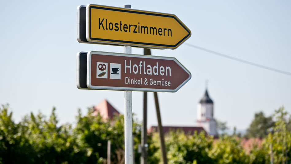 """Klosterzimmern in Bayern: Hier wollen die """"Zwölf Stämme"""" nicht bleiben"""