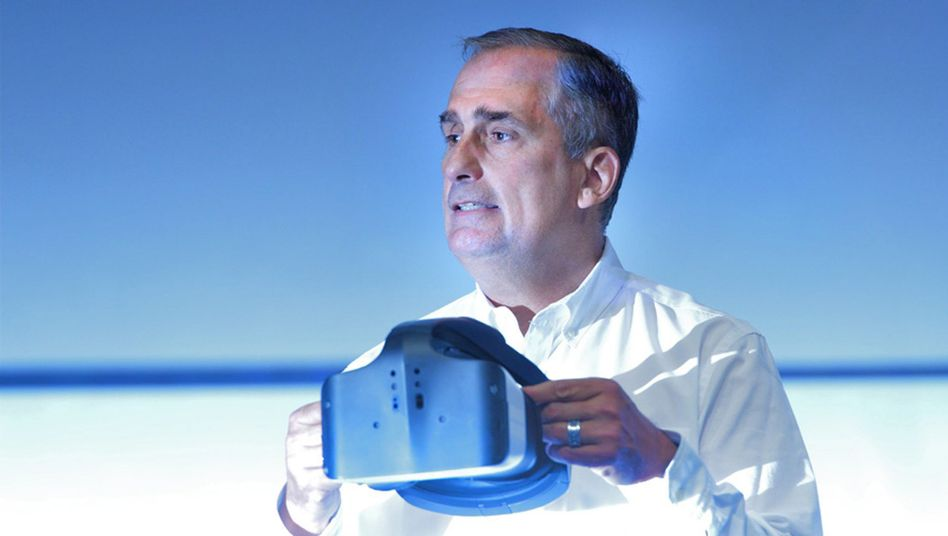 Intel-Chef Brian Krzanich zeigt Project Alloy