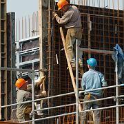 Bauarbeiter in Eschborn: Vom Lohn bleibt weniger übrig