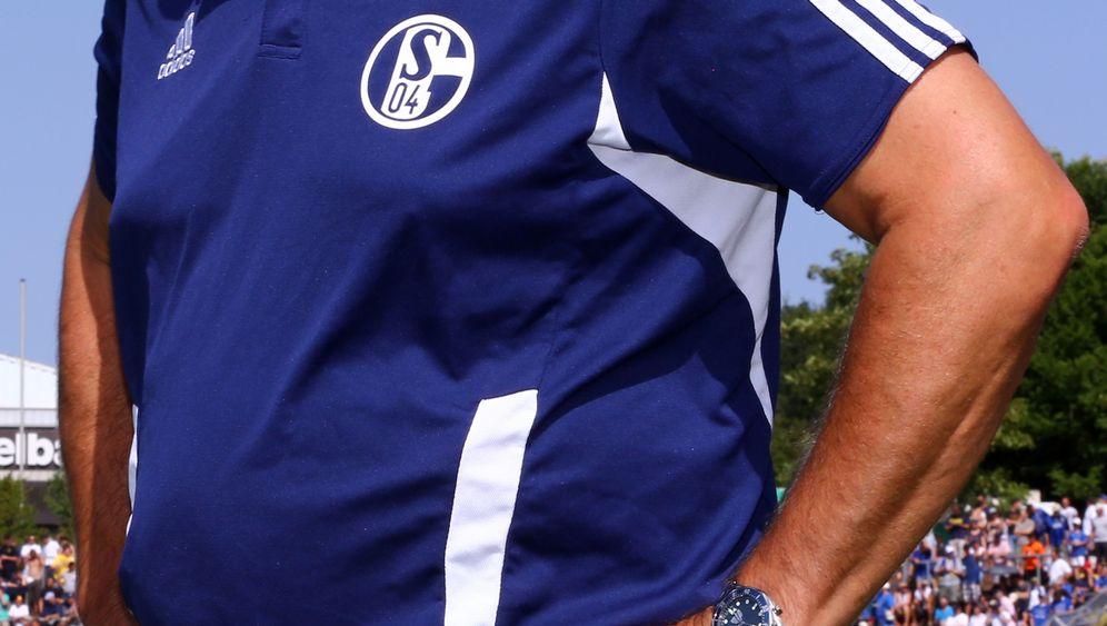 DFB-Pokal: Schalke souverän, Bremen unterirdisch
