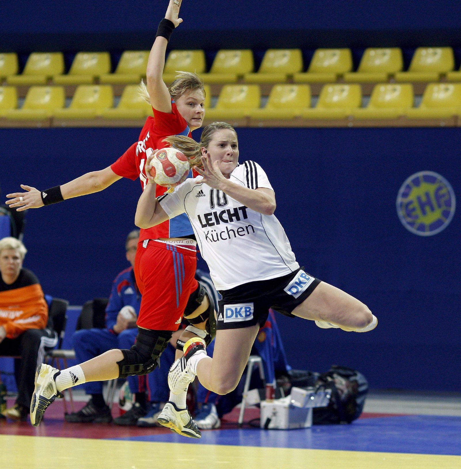 Anna Loerper in Aktion
