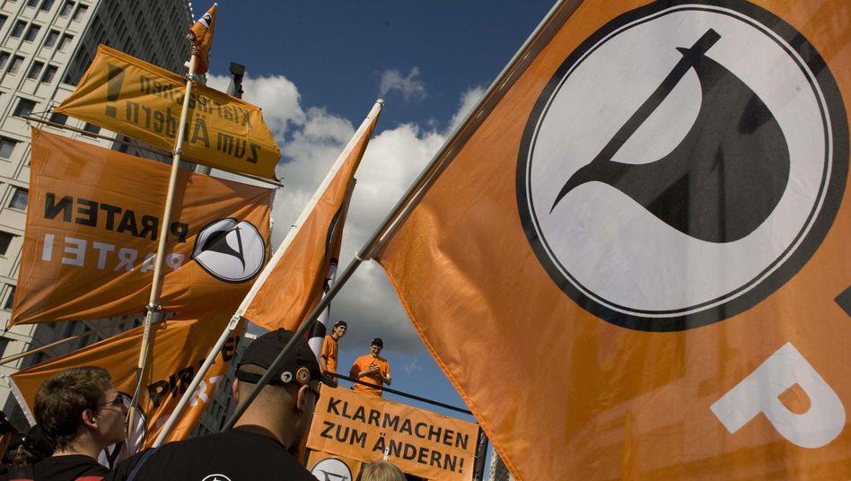 """Piraten-Präsenz auf der """"Freiheit statt Angst""""-Demonstration in Berlin: """"Manche sehen uns noch als Spaßpartei"""""""